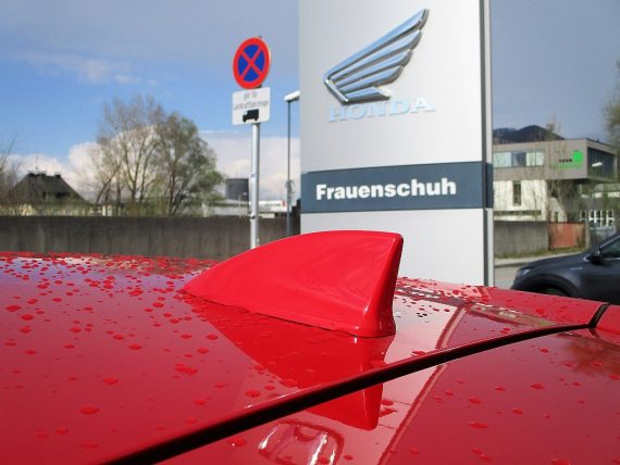 509796_1406494822755_slide bei Honda Frauenschuh Salzburg & Köstendorf / Auto & Motorrad in