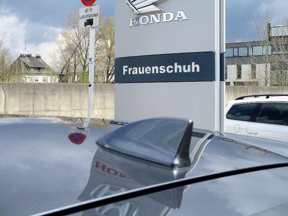 509887_1406494856110_slide bei Honda Frauenschuh Salzburg & Köstendorf / Auto & Motorrad in